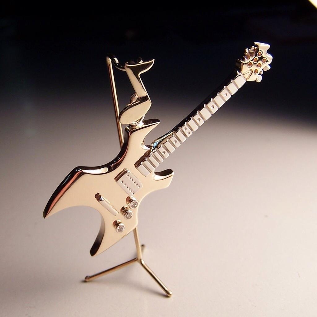 Electric guitar pendant in 14k gold atlas jewelers bench talk electric guitar pendant in 14k gold aloadofball Choice Image
